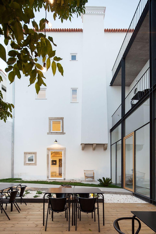 depA Architects . Sapientia Hotel . Coimbra afasia (2)