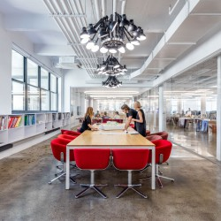 BIG  . Dumbo headquarters . New York  afasia (11)