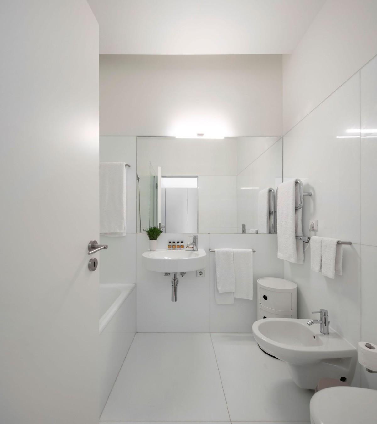 Souto De Moura . Flattered to be in Algarve apartaments . TAVIRA afasia (36)