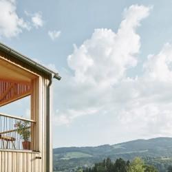 Architektur Strobl . Family house . Steinreib afasia (6)