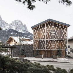NOA - Network of Architecture . House Messner . Seis am Schlern afasia (1)