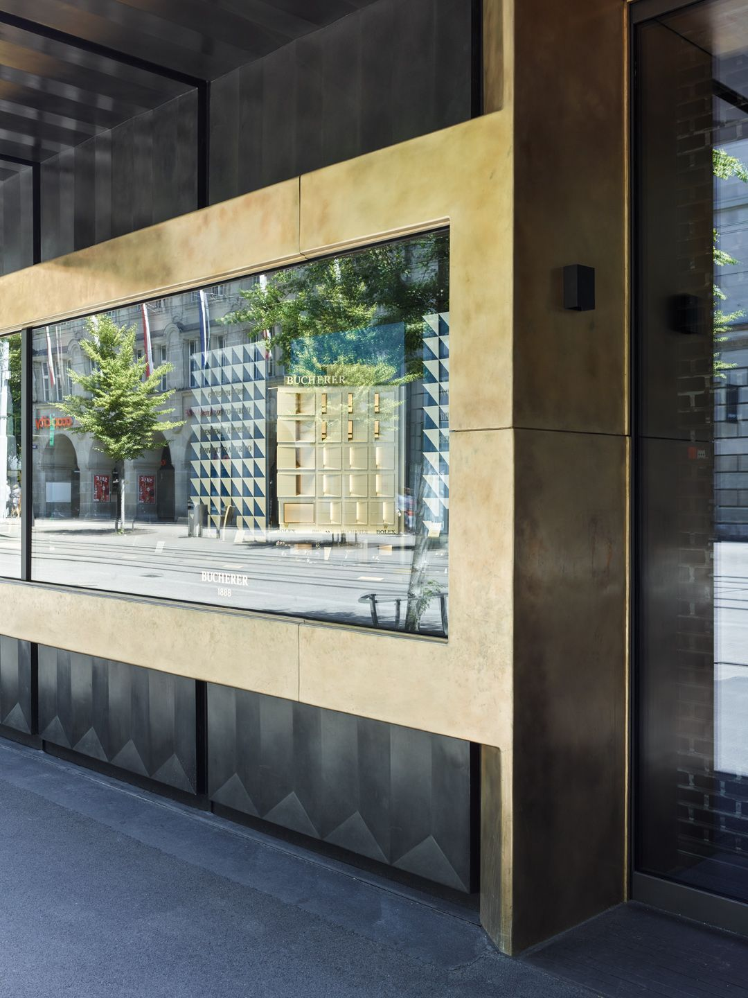 Haratori . Winhov . BUCHERER Flagship Store  Watch and Jewellery Shop . Zurich afasia (13)