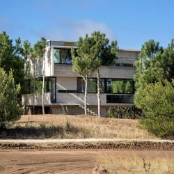 Luciano Kruk . HOUSE IN THE TREES . Costa Esmeralda afasia (13)