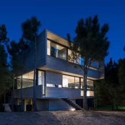 Luciano Kruk . HOUSE IN THE TREES . Costa Esmeralda afasia (22)