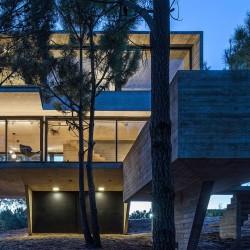 Luciano Kruk . HOUSE IN THE TREES . Costa Esmeralda afasia (9)