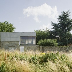Alison and Peter Smithson . Upper Lawn Pavilion . WILTSHIRE afasia (1)