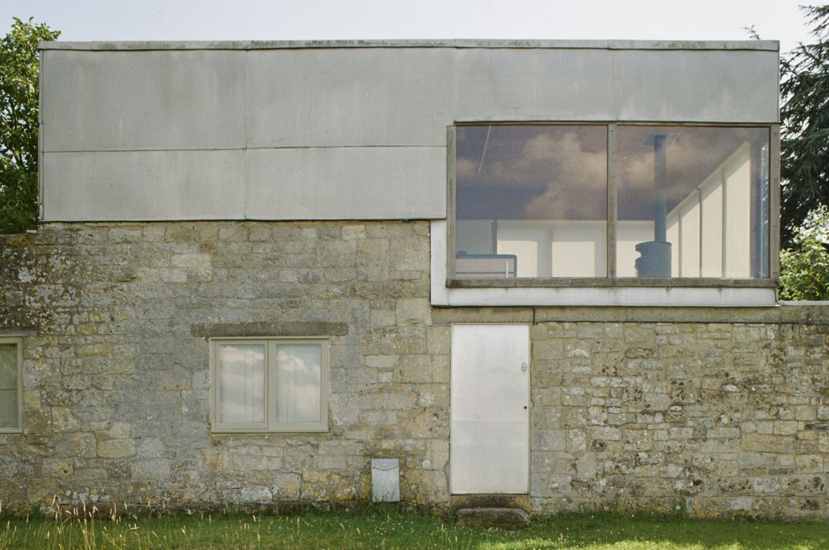 Alison and Peter Smithson . Upper Lawn Pavilion . WILTSHIRE afasia (6)