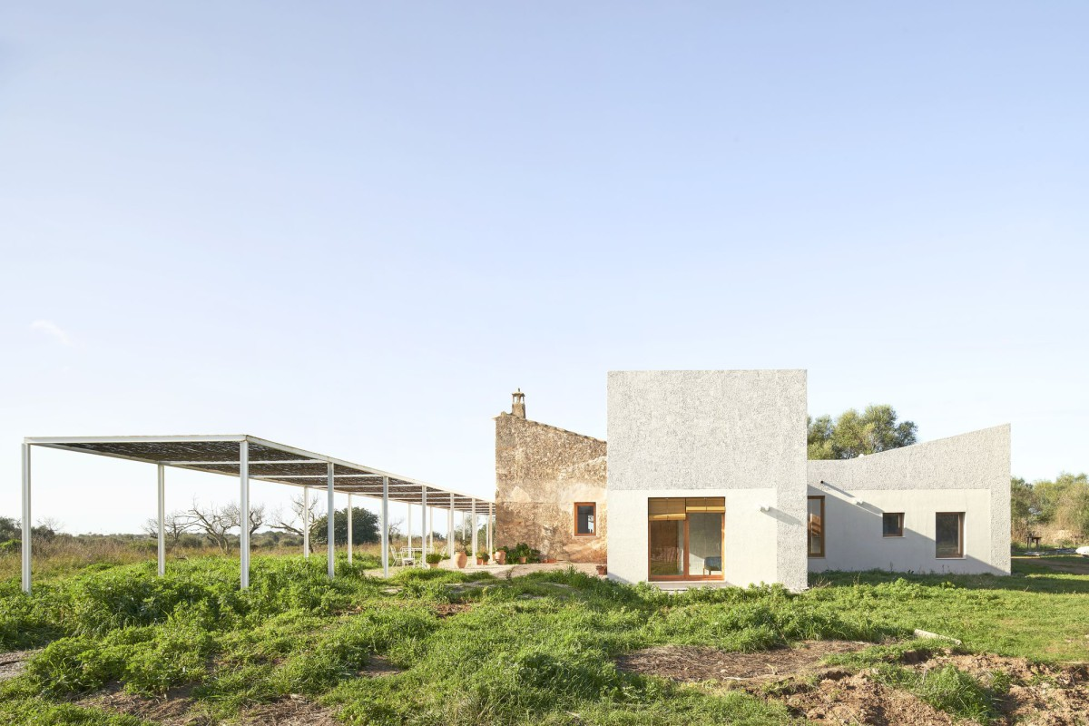 FLEXOARQUITECTURA . RE-HABITAR EL CAMPO – BACK TO THE COUNTRYSIDE . Algaida afasia (1)