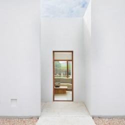 Marina Senabre . E house . Menorca afasia (5)