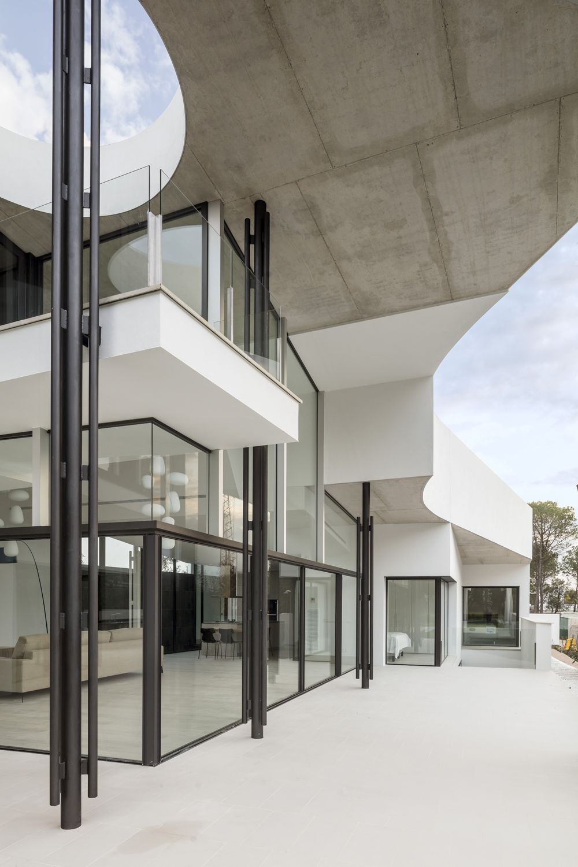 Lagula Arquitectes . GRUYERE HOUSE . Caldas de Malavella afasia Adrià Goula (6)