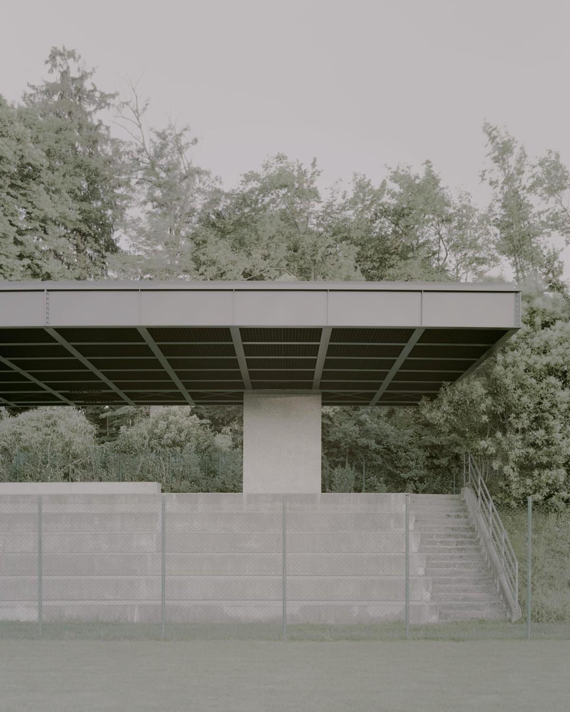 Didonè Comacchio . MUNICIPAL STADIUM SHELTER . TRAVETTORE DI ROSÀ afasia (2)