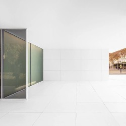 Anna & Eugeni Bach . Mies Missing Materiality . Barcelona afasia Adrià Goula  (19)