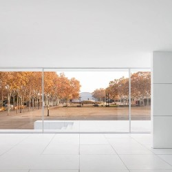 Anna & Eugeni Bach . Mies Missing Materiality . Barcelona afasia Adrià Goula  (21)