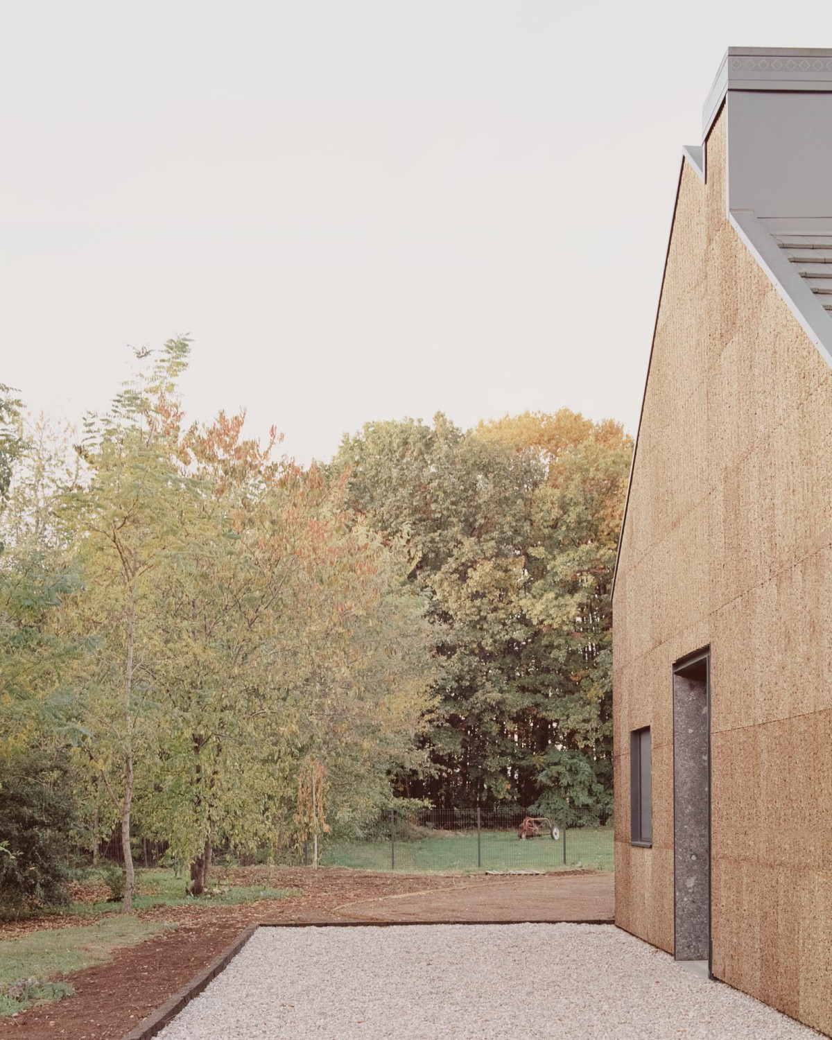 LCA architetti . Casa quattro  THE HOUSE OF WOOD, STRAW AND CORK . MAGNAGO Simone Bossi  afasia (2)