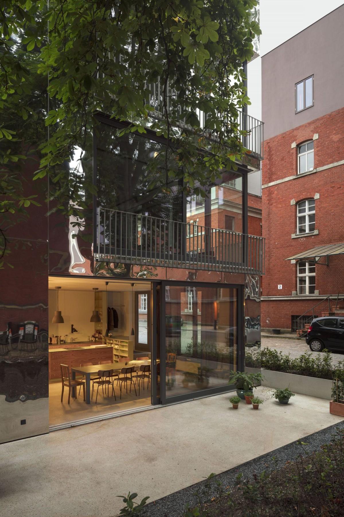 Sauerbruch Hutton . Haus 6 . Berlin afasia (7)