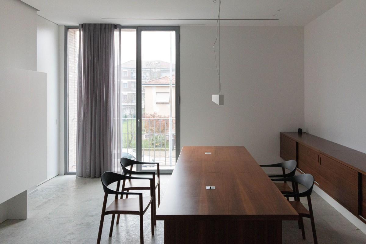Bianco Gotti . New farewell hall . Pandino Flooer studio afasia (34)