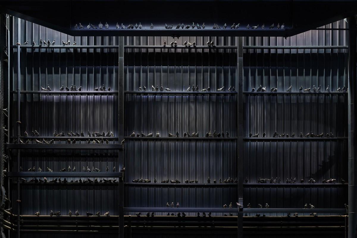 Maurizio Cattelan . Breath Ghosts Blind . 2021 Pirelli HangarBicocca afasia (5)