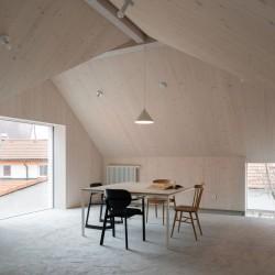 Atelier 111 . Kozina House . Onda Alex Shoots Buildings afasia (40)
