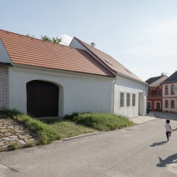 Atelier 111 . Kozina House . Onda Alex Shoots Buildings afasia (6)